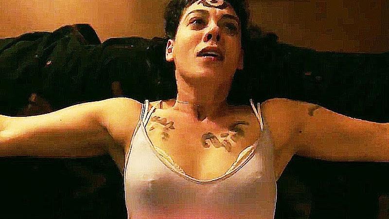 'Blood Born' Fim Review: Lackluster Performances & Flimsy Plot Turns