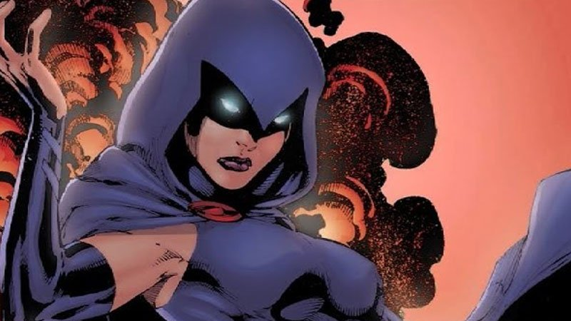 20 Strongest Female Superheroes of All Time (Ranked)